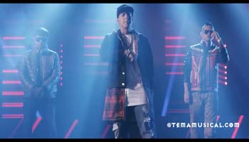 Sabado Rebelde – Daddy Yankee Ft Plan B – Video Official 2015
